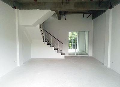 ขาย Supalai Prima Riva (Townhome)  4นอน ขนาด 220 ตรม./4ชั้น ห้องใหม่ ยังไม่เคยอยู่  เหมาะทำ Office+ที่พักอาศัย  ขาย 14 ล้าน